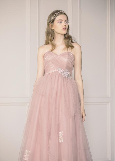 写真:カラードレス
